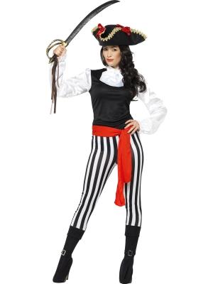 Pirātes kostīms