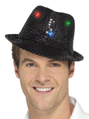 LED Vizuļojoša cepure, melna