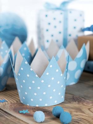4 gab, Svētku cepures - gaiši zili kronīši, 10 cm