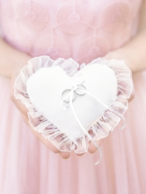 Ring bearer pillow Heart, white, 12 x 13 cm