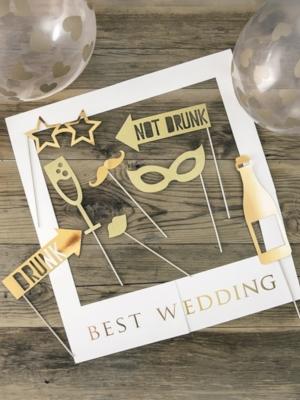 Foto atribūtikas komplekts Labākas kāzas, balts ar zeltu