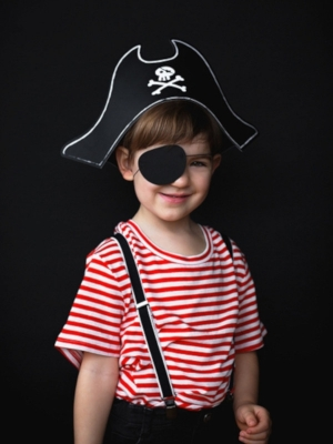 Pirate`s Hat and eyepatch